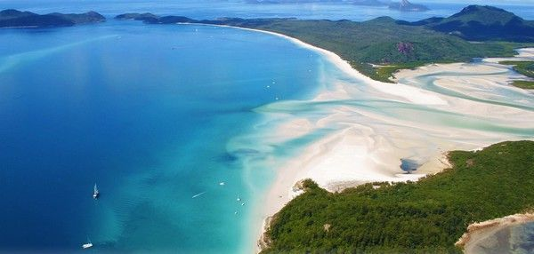 5. Strand Whitehaven Beach, Whitsunday Islands