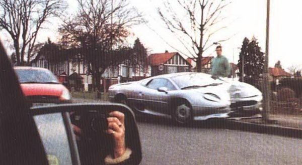 7. Jaguar XJ220