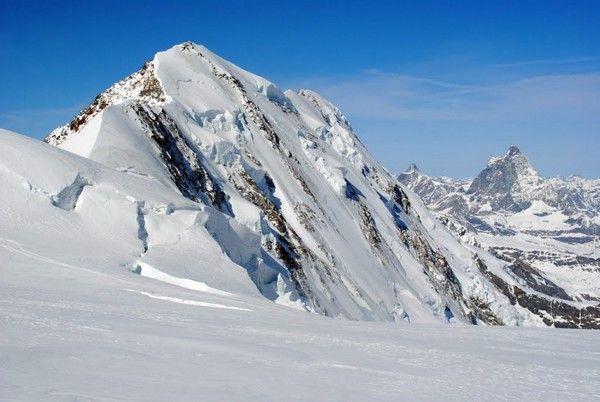 7. Lyskamm, Schweiz  Italien, 4,527 m.