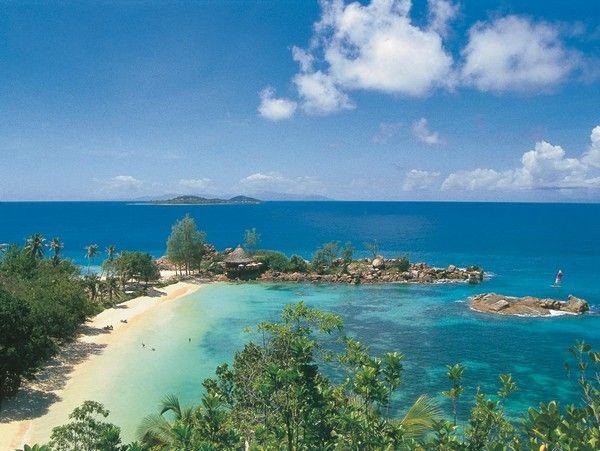 7. Strand Anse Lazio, Praslin, Seychellen