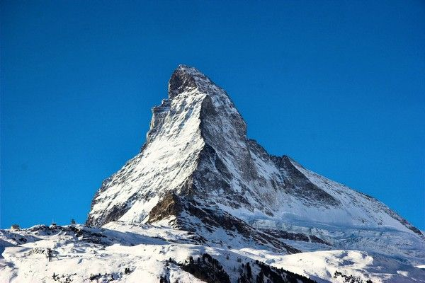 9. Matterhorn, Schweiz  Italien, 4,478 m.
