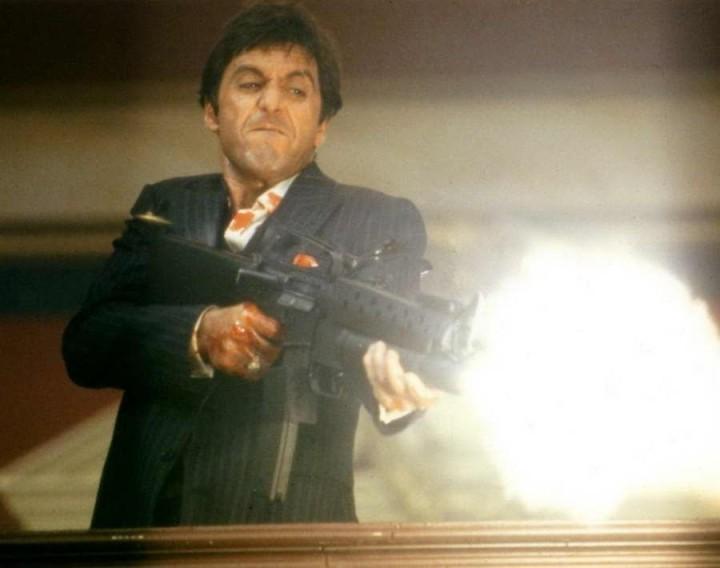 Al Pacino In Scarface Last Scene
