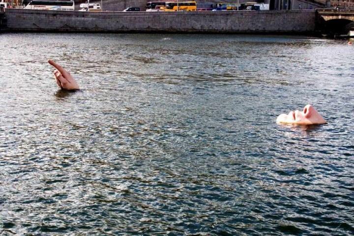 Der Mann im Wasser, Stockholm