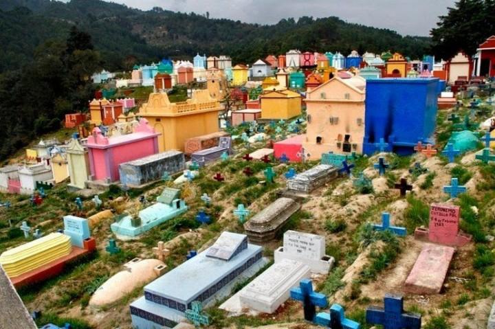 Farbiger schöne Friedhöfe in Guatemala 10