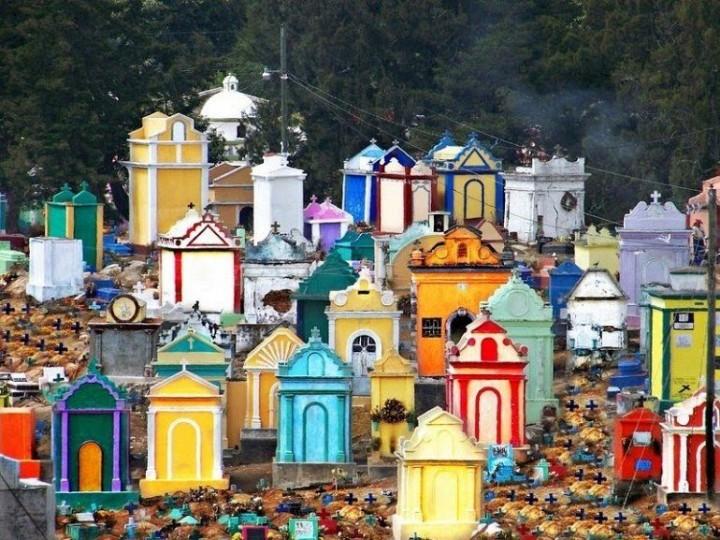 Farbiger schöne Friedhöfe in Guatemala 2