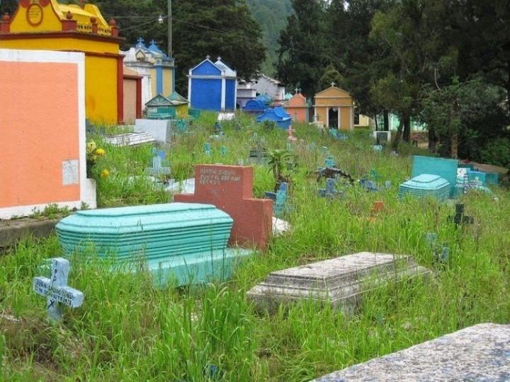 Farbiger schöne Friedhöfe in Guatemala 7