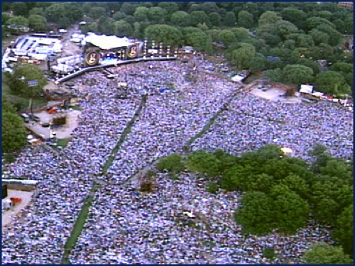 Garth Brooks in Central Park 1997