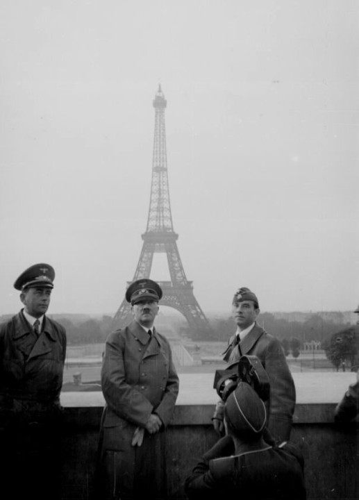 Hitler In Paris
