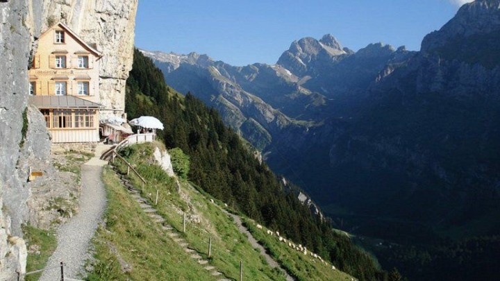 Hotel Aescher in Appenzellerland Schweiz 1