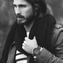 Haarschnitt für lange Haare Männer