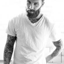 Haarschnitte für Männer mit dicken welligen Haare