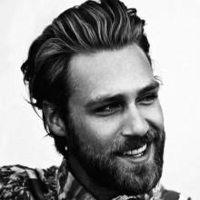 Haarschnitte für Männer mit welliges Haar