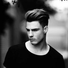 Haarschnitte für welliges Haar Männer