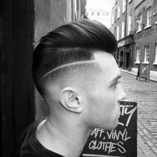 Haut verblassen mit BART Haarschnitte für Männer
