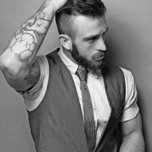 Herren kurze Haarschnitte für welliges Haar und Runde Gesichter