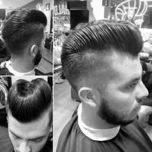 Jungs stilvollen Haar entenbürzel auf der Rückseite der head