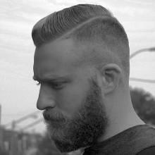 Kamm über Jungs Haut-fade-Haarschnitt Ideen mit BART