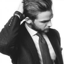 Männchen mit stilvollen Haar