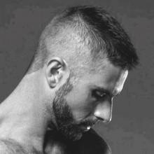best short Haarschnitte für Männer rasierten Seiten