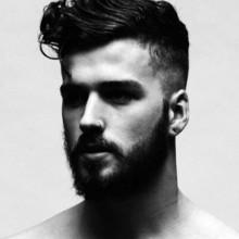 cooles fade-moderne Herren-Haar-mit Seitenteil-curls