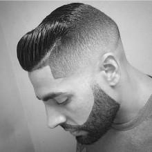dapper-fade-Haarschnitt mit Kamm über für die Jungs