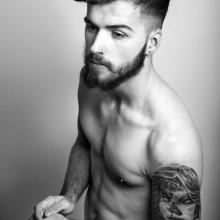 dapper low-fade Haarschnitt für Männer