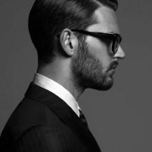 eleganten männlichen Profi-gekämmte Frisuren