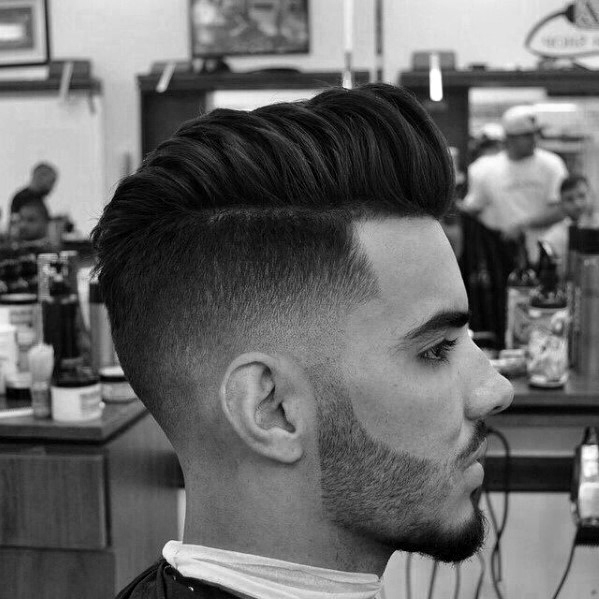 Stilvollen Fade Haarschnitte Für Männer