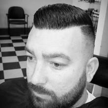 gekämmt Kamm über haircut styles für Männer