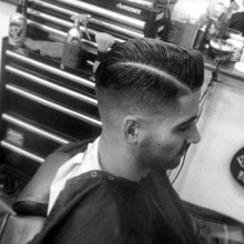 harte Teil taper low-fade Haarschnitt für Jungs