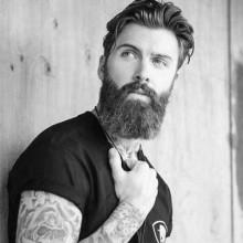 klassische Frisuren für mittellanges Haar Männer