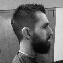 kurze Haare Männer mohawk