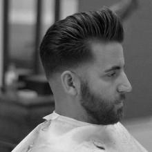 kurze bis mittellange Männer Frisuren für Dicke Haare pompadour