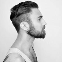 kurze bis mittlere undercut-Haarschnitt für Männer mit Bärten
