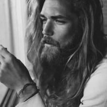 lang Frisuren für Männer mit dicken glattes Haar