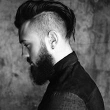 lang Länge slicked zurück undercut-Frisuren für Männer