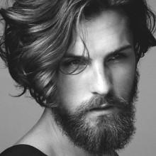 lange gerade Frisuren für Männer