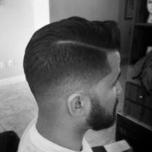 low fade-Haar-Kamm über für Männer