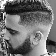 low fade Kamm über haircut für Männer