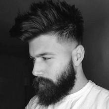 low fade mittlere Haar Stil für Herren