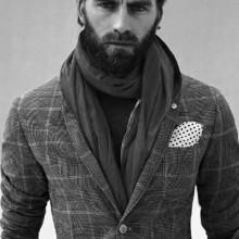 männliche Haar-Mode mit stilvollen Sinn für Stil