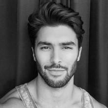 männliche mittlerer Länge Haarschnitte für welliges Haar