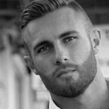 manly rasierten Seiten ist die Frisur für Männer