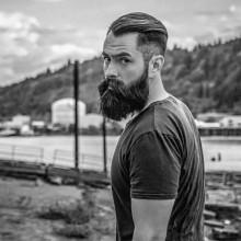 maskuline Herren-high-fade-Haarschnitt -