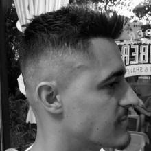 mens faux hawk eine hohe fade haircut style