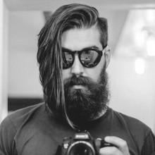 mittlere bis lange Frisuren für Männer