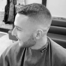 modernen kurz-fade Frisuren für Männer