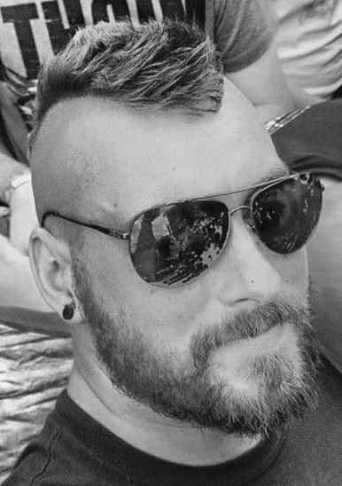 Mohawk Frisuren Für Männer
