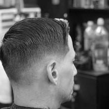 modernen short taper fade haircut mens