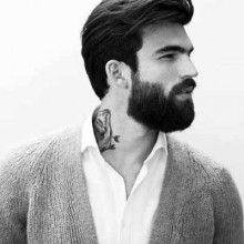 moderner Haare zurück gekämmt für Männer